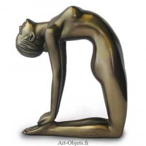 posture yoga du chameau