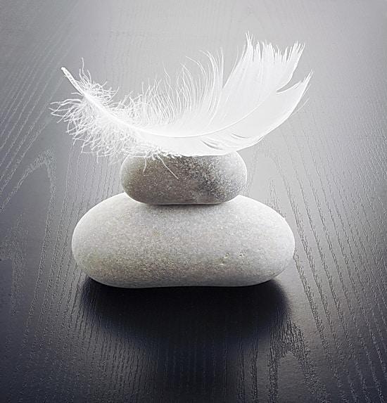 leger comme une plume avec le yoga et la relaxation